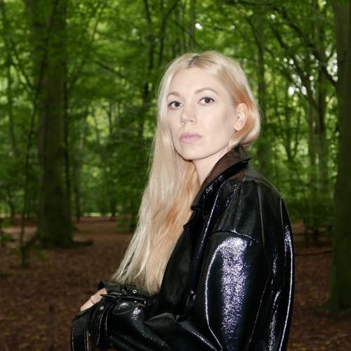 Sandra Mosh's avatar