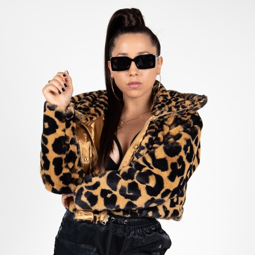 DJ GIRLBOT's avatar