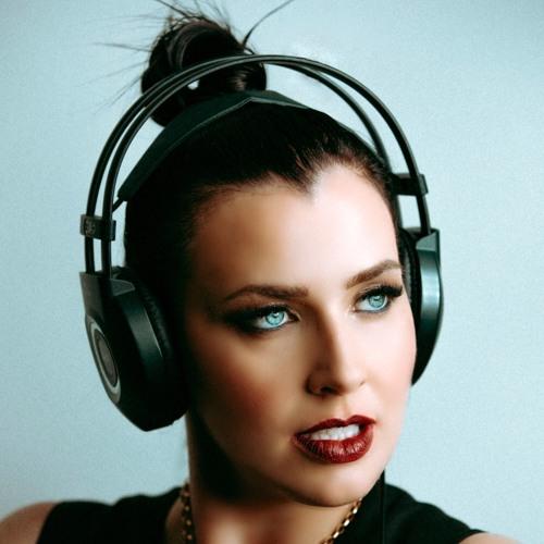 Joanna Jones's avatar