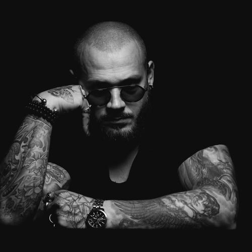 Andre Rizo's avatar