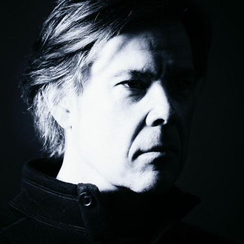 Erik Deerly's avatar