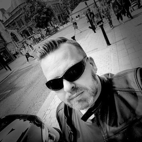 Richard Griffiths's avatar