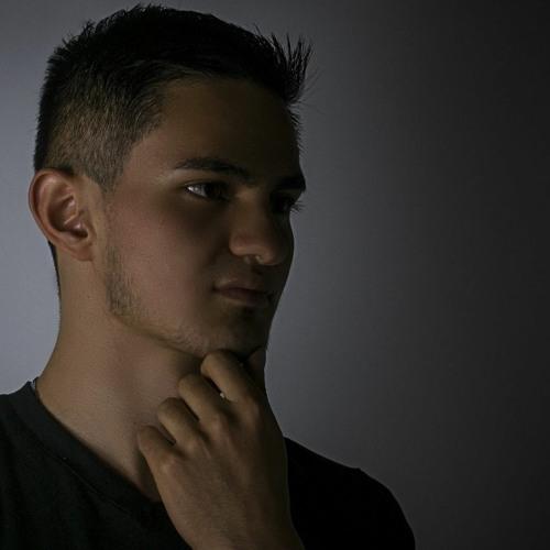 Zeynn's avatar