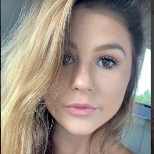 Sophia Alexander's avatar