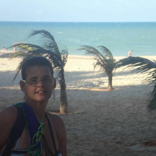 Luciana Amaral's avatar