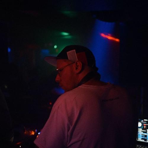 DJ Densen's avatar