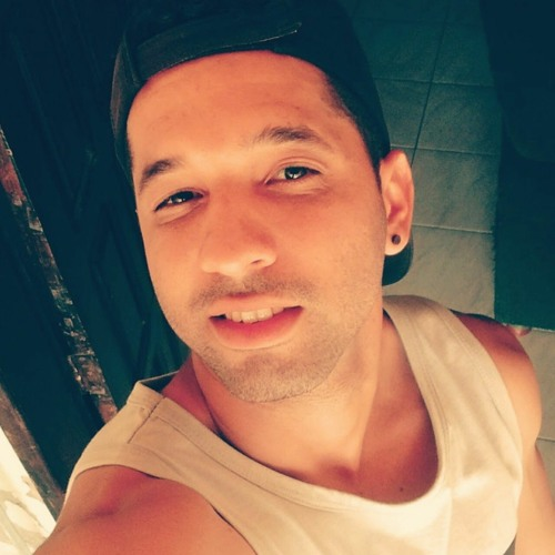 lukas94's avatar