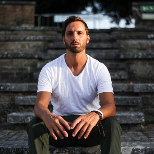 Antonio Marki's avatar