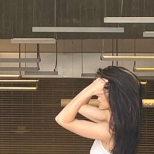 Antoinette Van Dewark's avatar