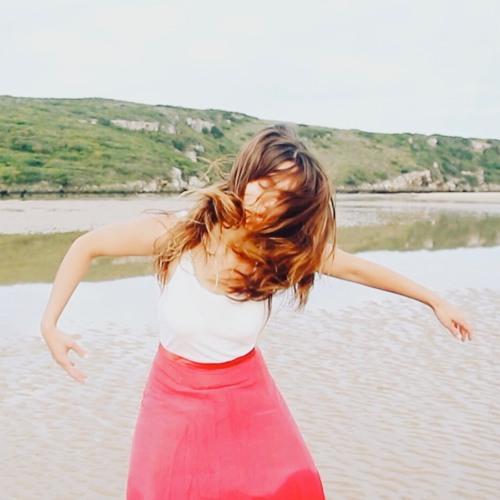 Luisa Lua's avatar