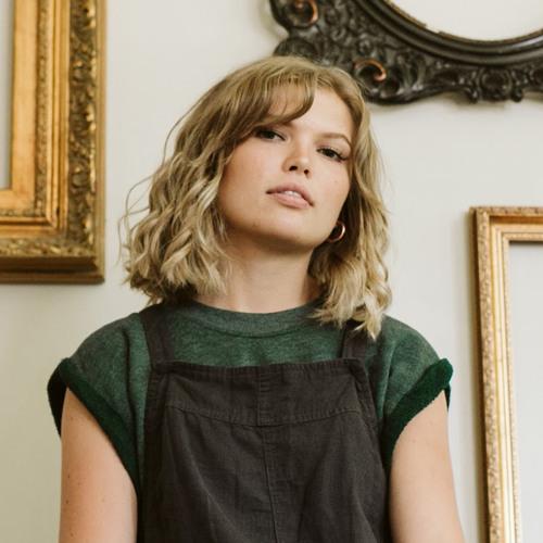 Christina Jule's avatar