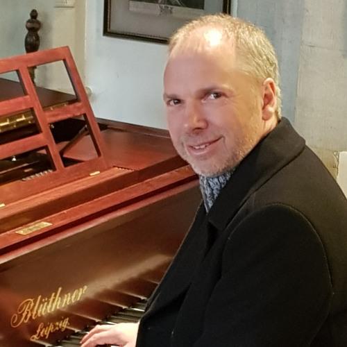 John Trent Wallace's avatar