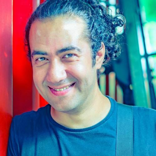 Monis Bukhari's avatar