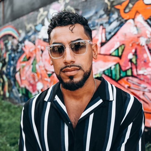Manny Torres's avatar