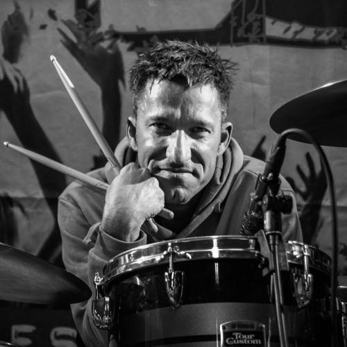 Lars Vollmer - Drummer's avatar