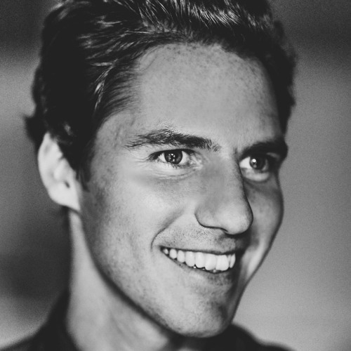 Lukas Bohlender's avatar