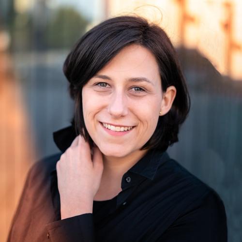 Julia Mendrok's avatar