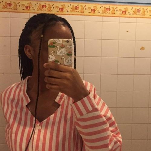 Denise Tavares's avatar