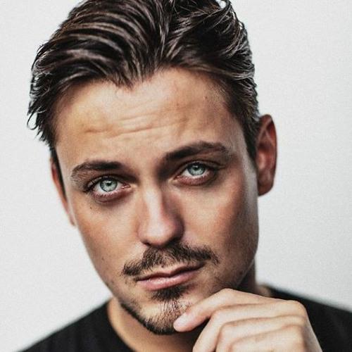 Julian Jordan's avatar