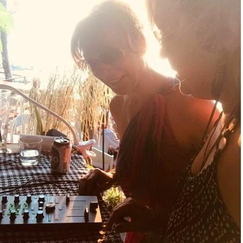 Mila & Leni's avatar