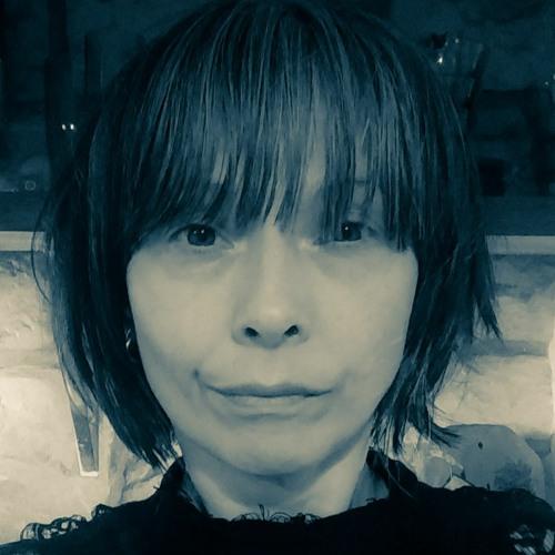 Maxine Rose Munro's avatar