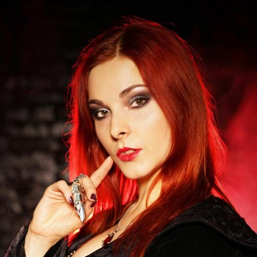 Anna KiaRa's avatar