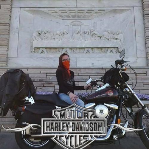 Naomi L Pixie Rebel T's avatar