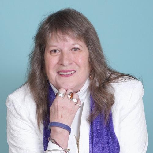 Lynda Lamp's avatar