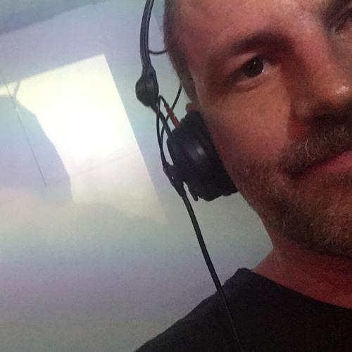 embargo's avatar
