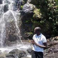 Josué Ntamugabumwe