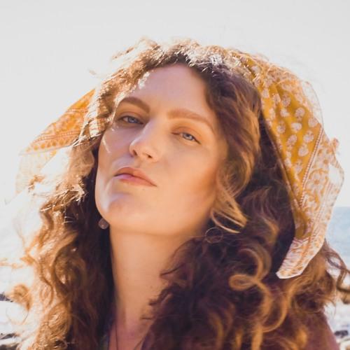 Christina Lyon's avatar