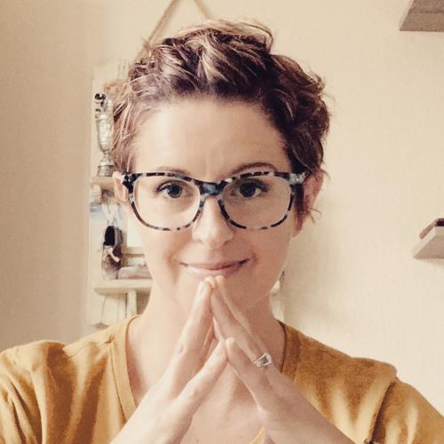 Kassy Golden's avatar