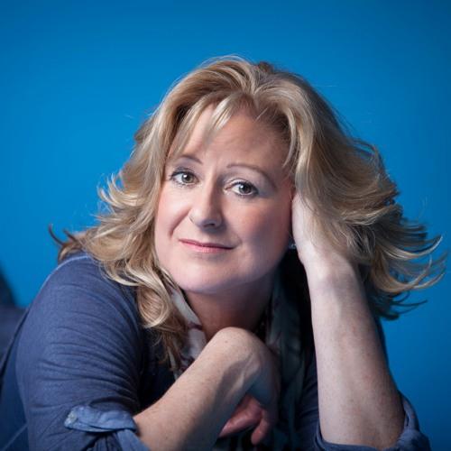 Sue  Caroline's avatar