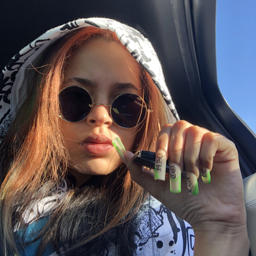 Yashea yBlaze's avatar