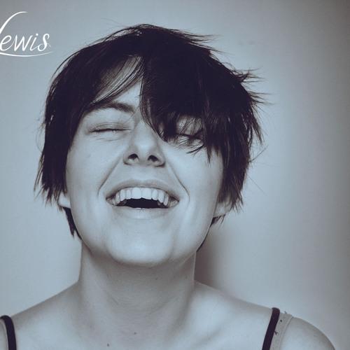 Ksenia Lewis's avatar