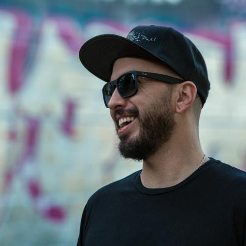 Gustavo Fk's avatar