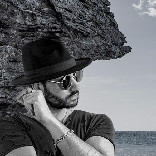 Ian Sky's avatar