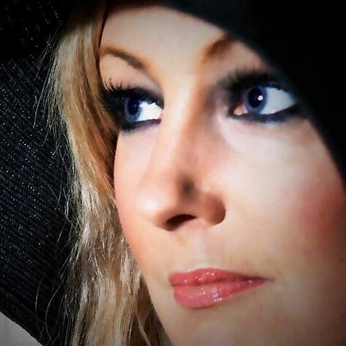 Rachel Rhodes's avatar