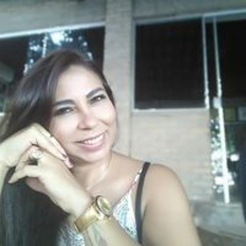 Mari Neves's avatar