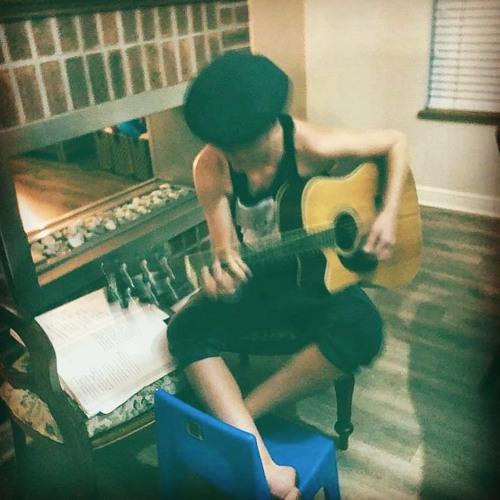 Tam Jennifer Music's avatar