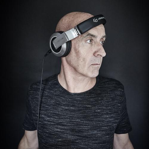 Dj Paul Taylor's avatar