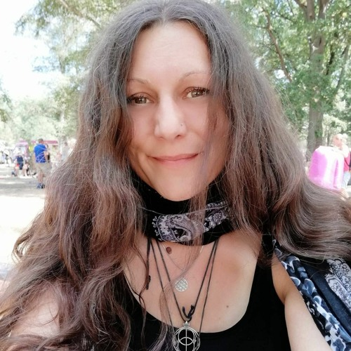 Jule Grasz-the other side's avatar