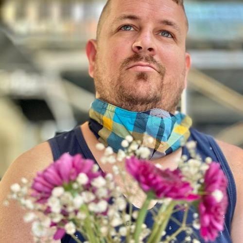 Dave Stringer Hughes's avatar