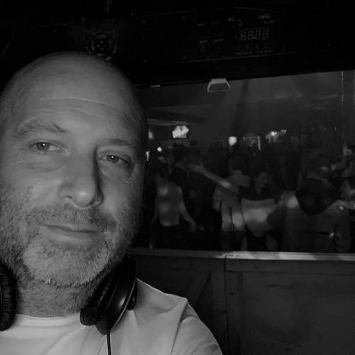 Stuart Cox 1's avatar