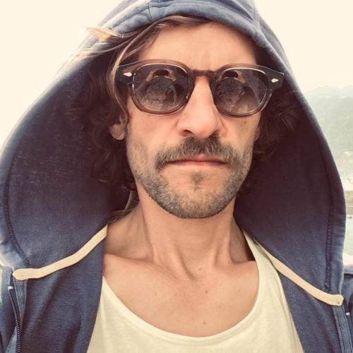 dave dk's avatar