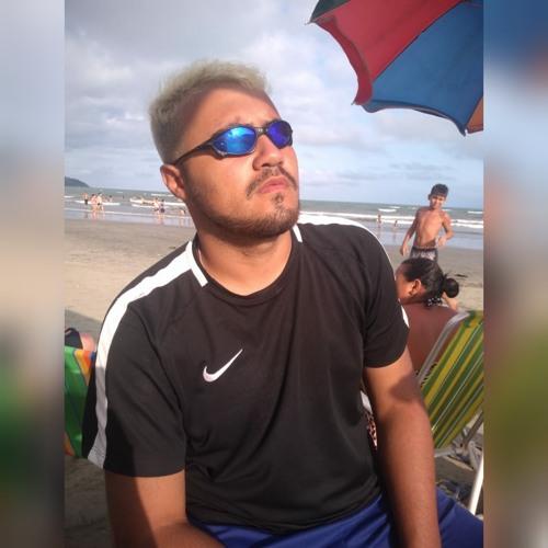 Lucas Salustiano's avatar