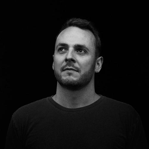 Simon Lovell's avatar