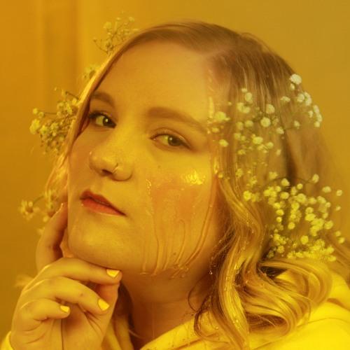 Mia Schuster's avatar