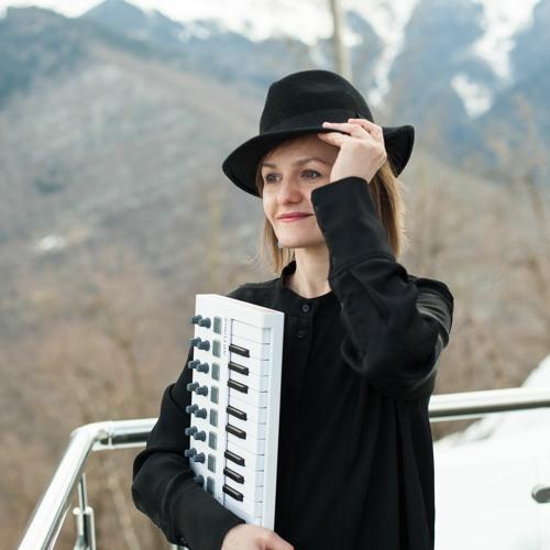 Leena Hertz's avatar