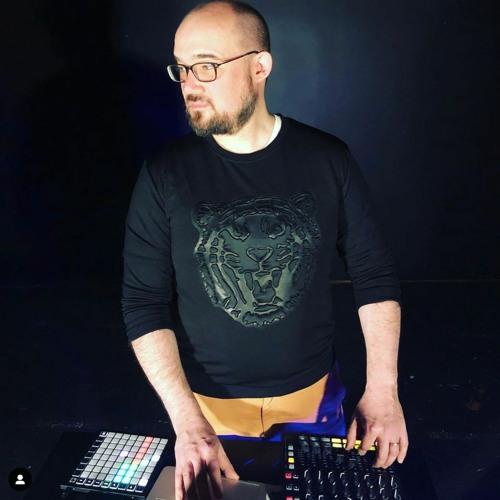 Nate Trier's avatar